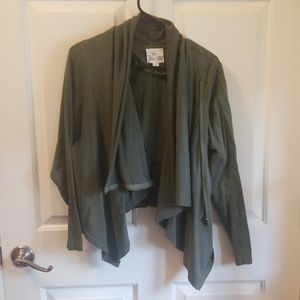 Olive green, draped jacket with zipper.detail